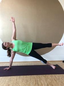 Yoga_side plank